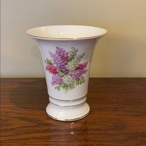 Vintage Lilac Time vase 🏺 by Arzberg